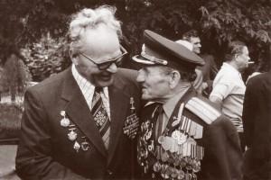 Слева Лановенко М.Т. и Локтионов Ф.В. Ростов-на-Дону. 1980г.
